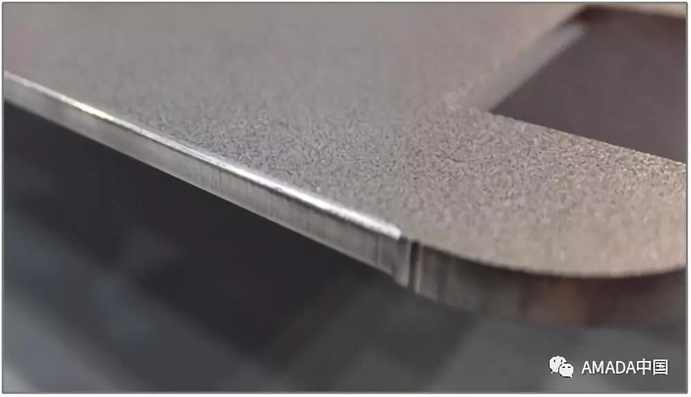 ▲ 激光切割后通过专用倒角刀具倒出均匀的R角(图八)